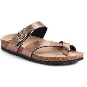Mudd slip on sandals